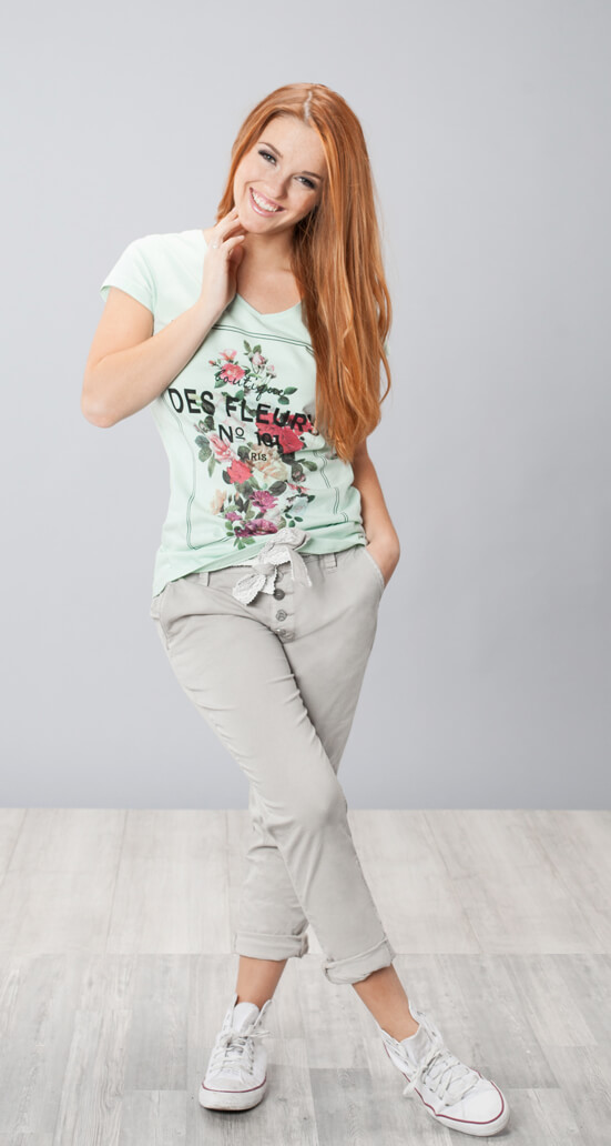 Outfit mit Print Shirt