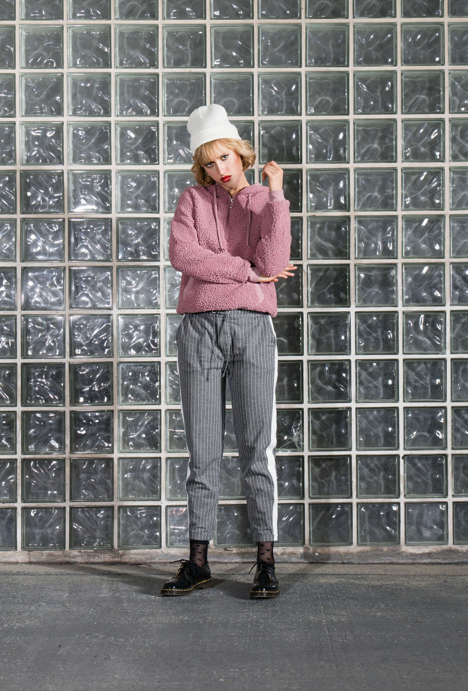Outfit mit Fleece-Pullover